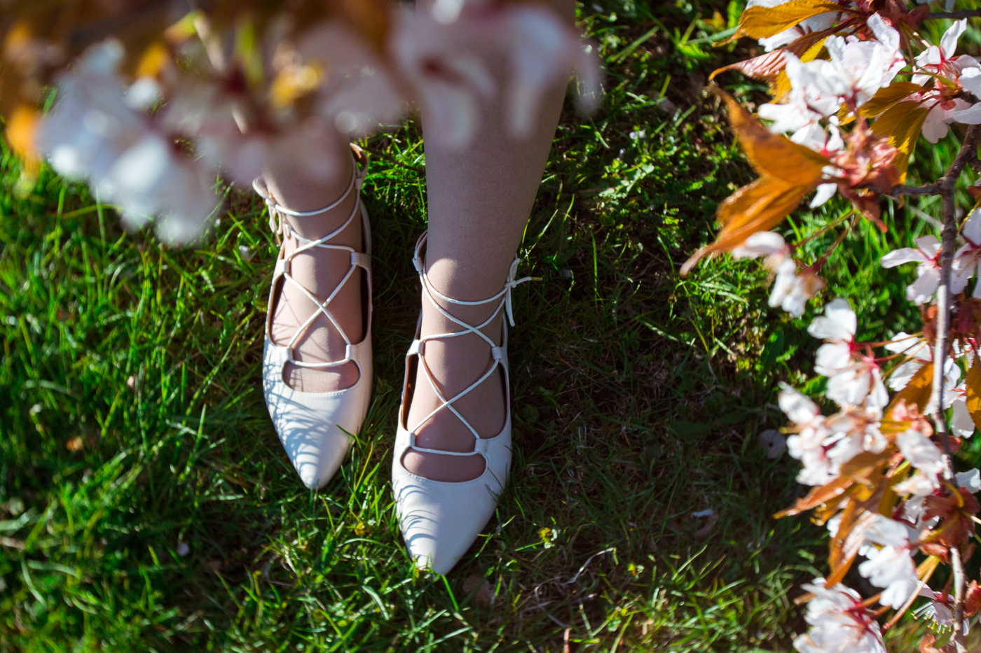 spring-2017-laced-shoe-trend
