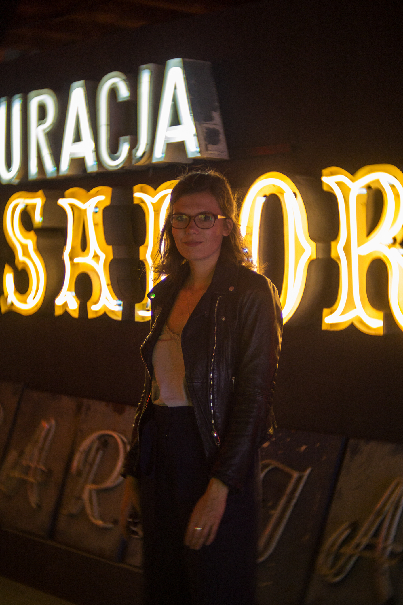 warsaw-neon-museum-blogger- lux-express